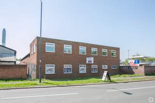Primary Photo of Unit 8B Carlyon Rd