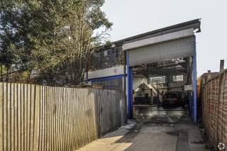 Primary Photo of 16 Wotton Rd