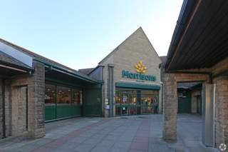 Primary Photo of Woodhouse Centre