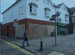 Primary Photo of 42 Cheriton High St