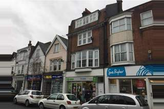 Primary Photo of 43 Connaught Ave, Frinton On Sea