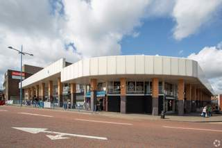 Primary Photo of Churchill Shopping Centre