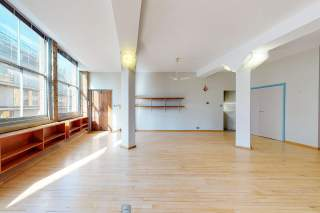 Interior Photo for 17 Willow St - 9