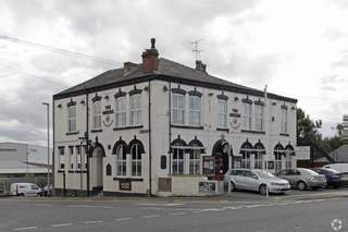 Primary Photo of Queens Hotel