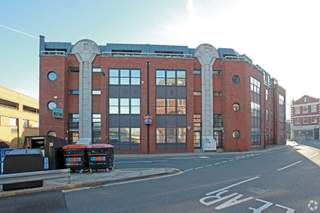 Primary Photo of 520-530 Fulham Rd