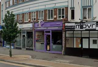 Primary photo of 12 Central Rd, Worcester Park