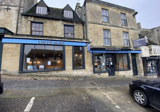Primary photo of 136-142 High St, Burford