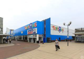 Primary photo of Former Toys R Us, Basildon