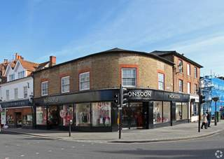 Primary photo of 2-4 Bell St, Henley On Thames
