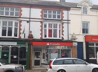 Primary photo of 14 High St, Llangefni