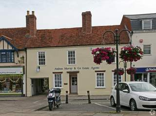 Primary photo of 98-98A High St, Thame