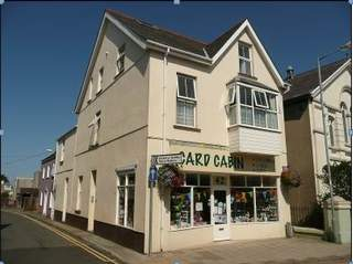 Primary photo of 42 West St, Fishguard