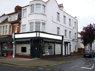 Primary photo of 71 Leigh Rd, Leigh On Sea