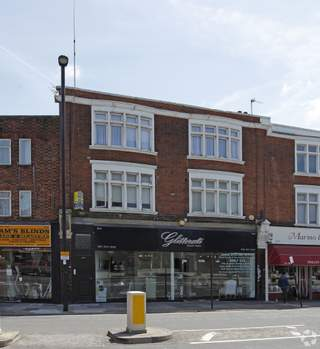 Primary photo of 842-844 Green Lanes, London