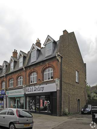 Primary photo of 12 Queen Annes Pl, Enfield