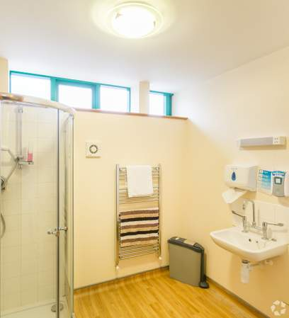 Ground Floor - Shower Facilities - Morland House Surgery, Oxford - Healthcare space for sale - 12,397 sq ft