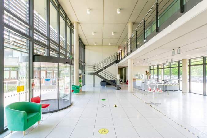 Reception - Basepoint Business And Innovation Centre, Butterfield Technical Park, Luton - Co-working space for rent - 50 to 53,980 sq ft