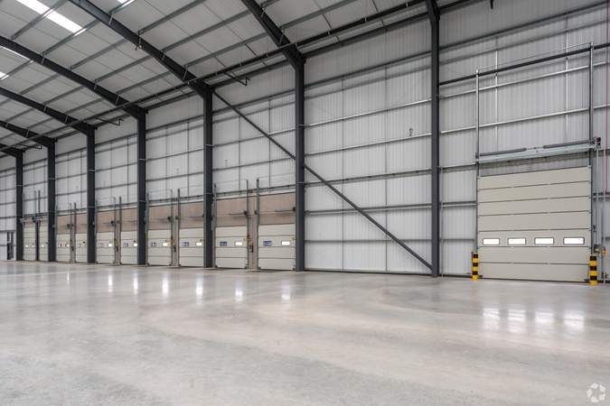 Warehouse and Loading Docks - Lichfield Rd, Burton On Trent - Industrial unit for sale - 103,069 sq ft