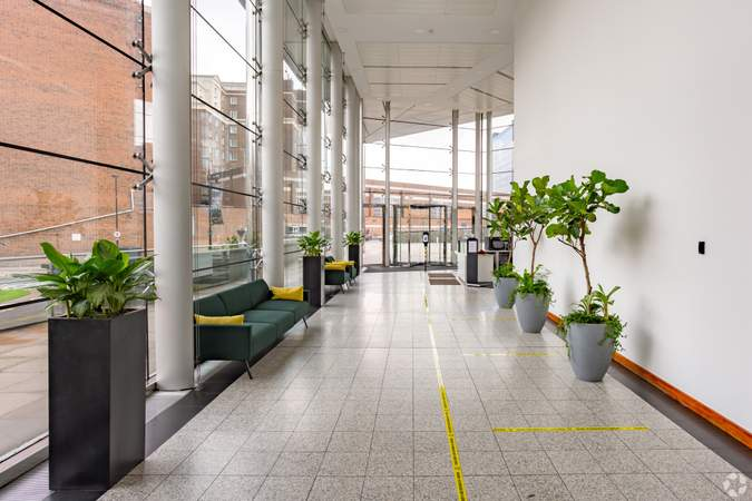 Building Lobby - Princes Exchange, Leeds - Serviced office for rent - 50 to 35,450 sq ft