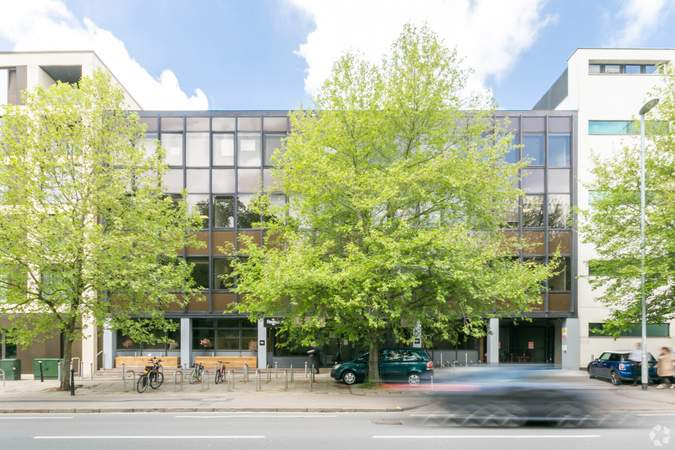Alternate Photo - Wellington House, Cambridge, Cambridge - Co-working space for rent - 3,532 to 14,128 sq ft