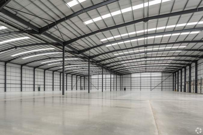 Soaring Clear Heights - B 103, Lichfield Rd, Burton On Trent - Industrial unit for sale - 103,069 sq ft