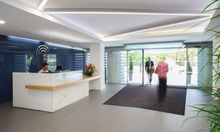 Reception - Reading Bridge House, Reading - Office for rent - 2,700 sq ft