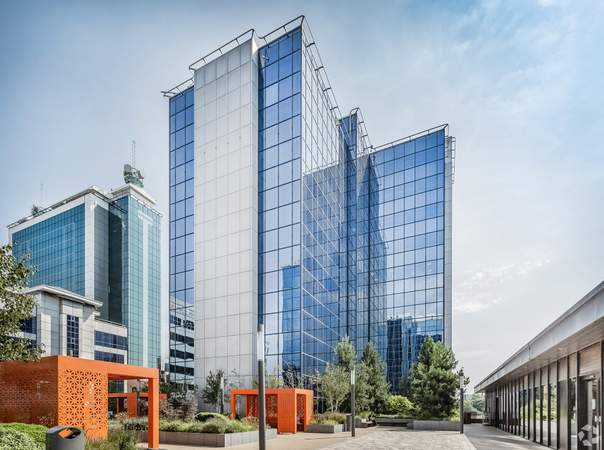 Primary Photo - 8 Exchange Quay, Salford - Office for rent - 1,400 sq ft