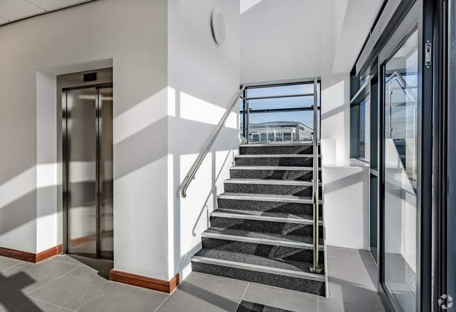 Stairs & Lift to 1st floor - Omega88, Warrington - Industrial unit for rent - 88,285 sq ft