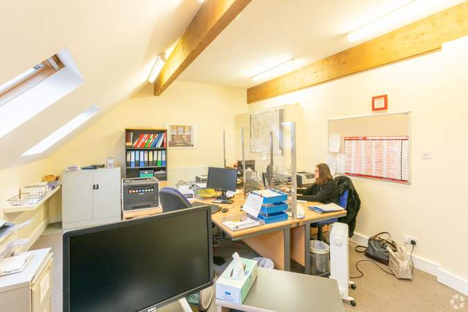1st Floor - Office - Morland House Surgery, Oxford - Healthcare space for sale - 12,397 sq ft