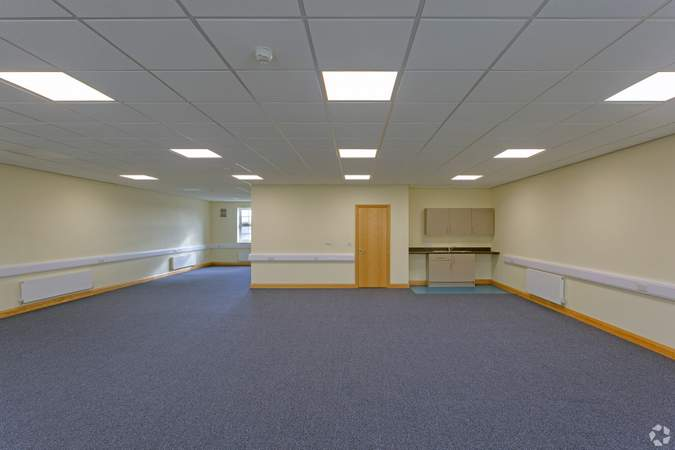 Interior Photo - Units 3-6, Blossom Ave, Grimsby - Office for sale - 6,345 sq ft