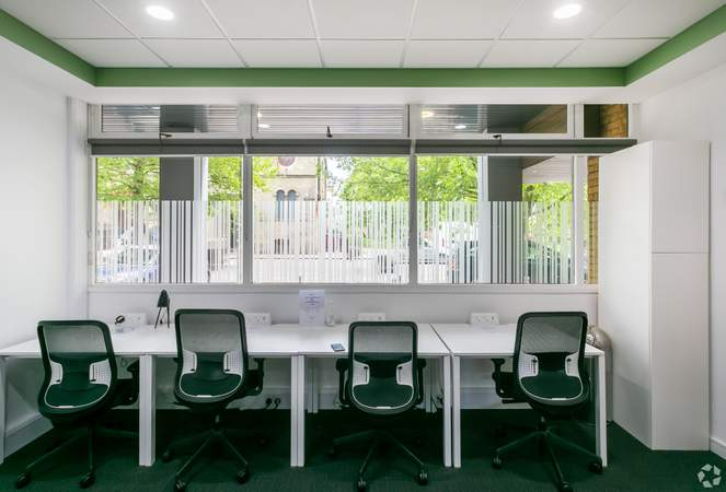 Ground Floor Business Lounge - Wellington House, Cambridge, Cambridge - Co-working space for rent - 3,532 to 14,128 sq ft