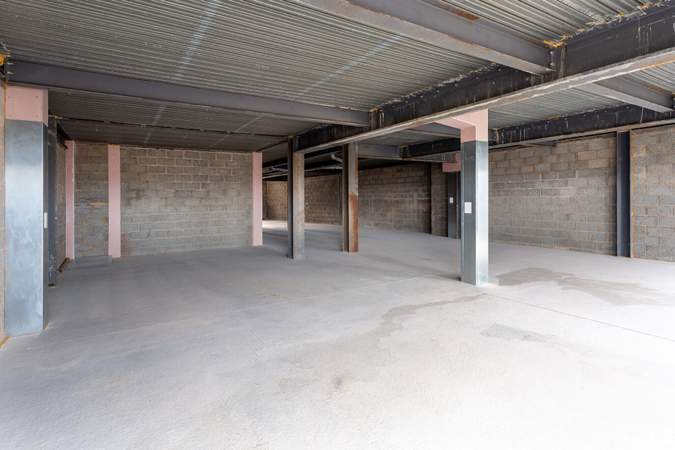 Interior Photo - 80 Gallowgate St, Largs - Shop for rent - 1,271 to 1,412 sq ft