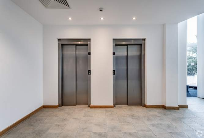 Lifts - 1200 Daresbury Park, Warrington - Office for rent - 10,110 to 31,250 sq ft