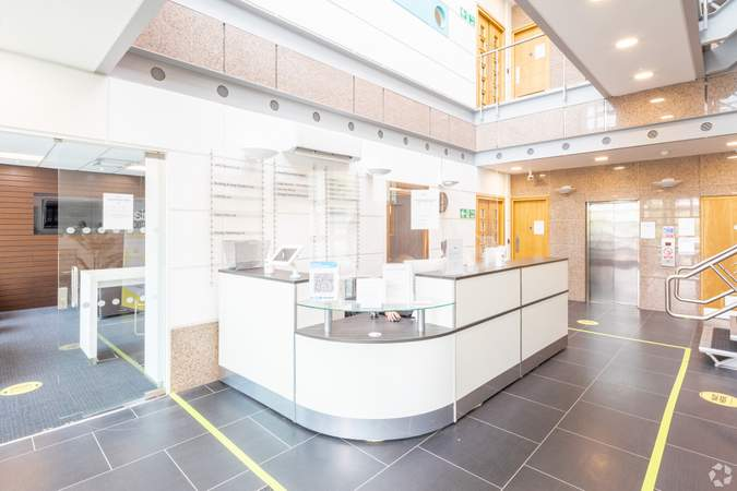 Reception - Ground Floor - 400 Pavilion Dr, Northampton - Co-working space for rent - 200 to 22,326 sq ft