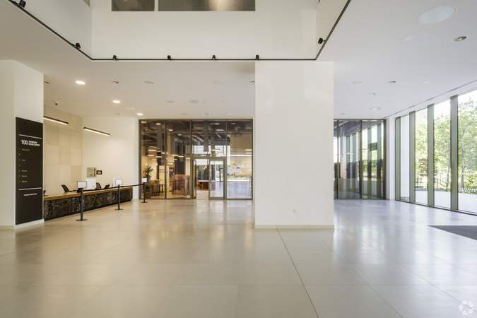 Entrance/Lobby Ground Floor - 100 Avebury Blvd, Milton Keynes - Co-working space for rent - 50 to 46,598 sq ft