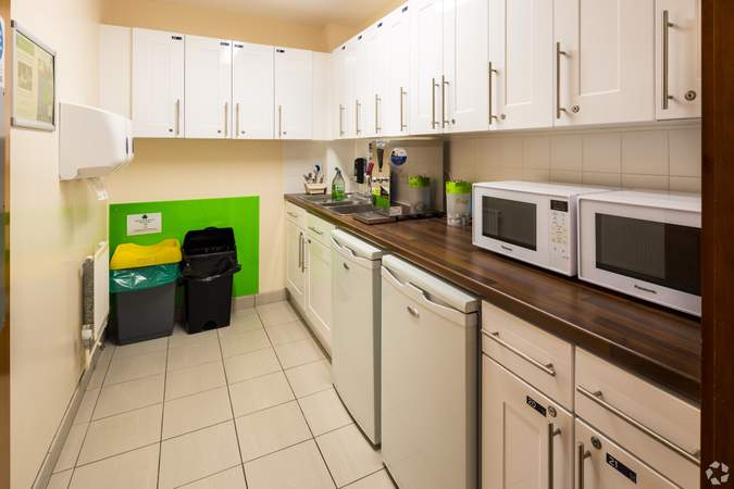Kitchen - Business Centre, Churchill Square Business Centre, West Malling - Office for rent - 101 to 994 sq ft