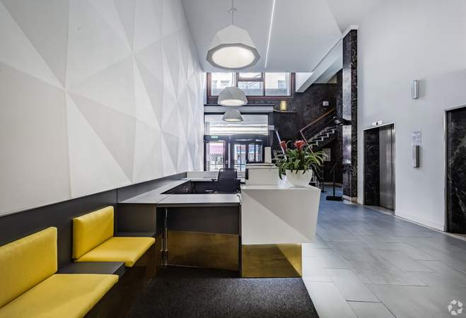Building Reception Waiting Area - Merchants Court, Liverpool - Serviced office for rent - 50 to 7,843 sq ft