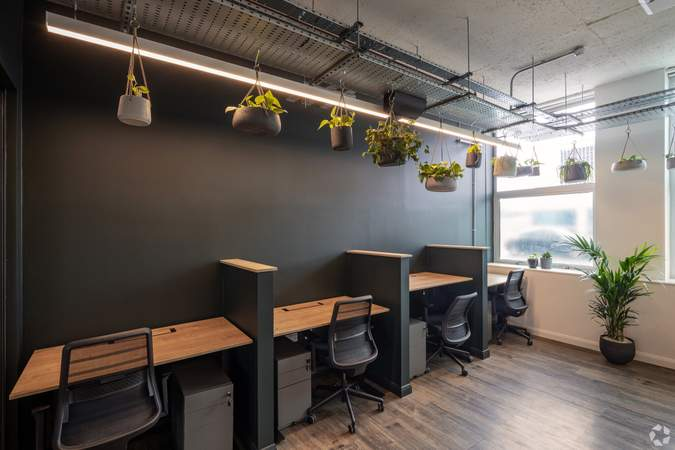 2nd Floor - Broad Street Mall / Quadrant House, Broad Street Mall, Reading - Co-working space for rent - 291 to 5,194 sq ft