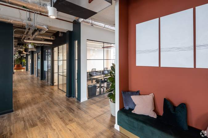 2nd Floor Lounge - Broad Street Mall / Quadrant House, Broad Street Mall, Reading - Co-working space for rent - 291 to 5,194 sq ft