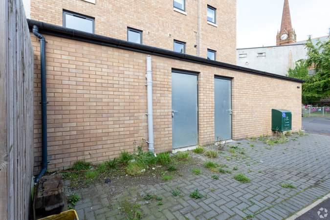 Rear Loading Bay - 80 Gallowgate St, Largs - Shop for rent - 1,271 to 1,412 sq ft