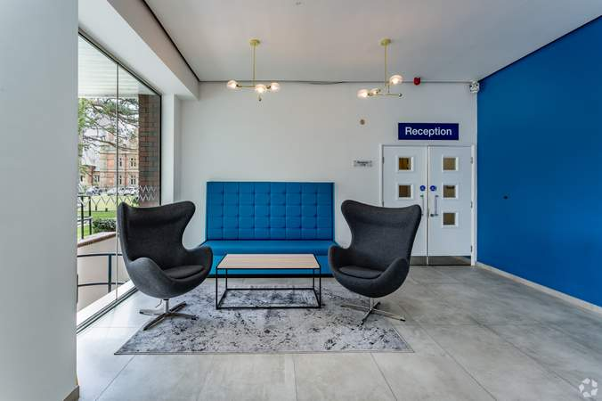Building Waiting Area - Atrium - Adamson House, Towers Business Park, Manchester - Co-working space for rent - 200 to 16,249 sq ft