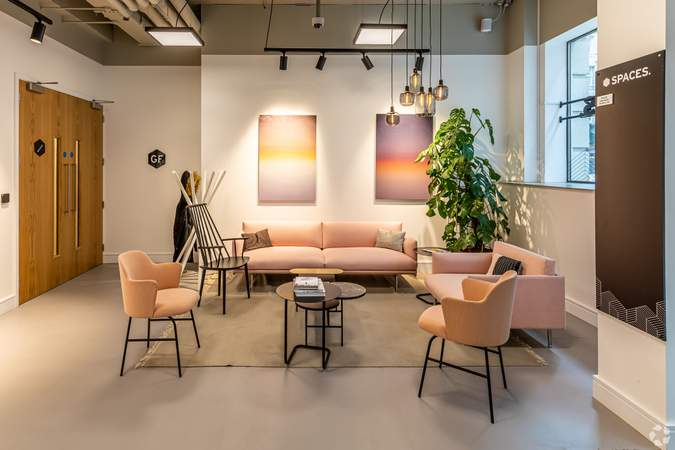 Reception Area - Cannon Street, London - Co-working space for rent - 100 to 27,489 sq ft
