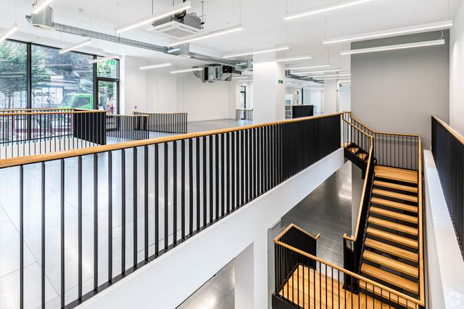 Primary Photo - Block C, London - Office for rent - 4,385 to 12,415 sq ft