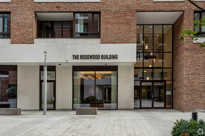 Building Photo - Block C, London - Office for rent - 4,385 to 12,415 sq ft