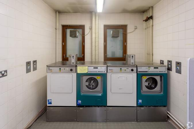 Laundry Room - Crossmyloof Care Home, Glasgow - Healthcare space for sale - 30,139 sq ft
