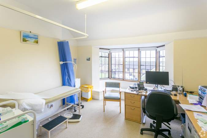 1st Floor - Examination Room - Morland House Surgery, Oxford - Healthcare space for sale - 12,397 sq ft