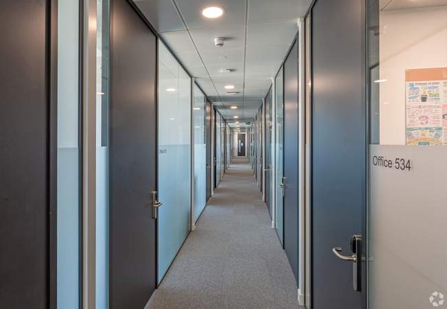 Corridor - Acero, Sheffield - Serviced office for rent - 50 to 15,000 sq ft