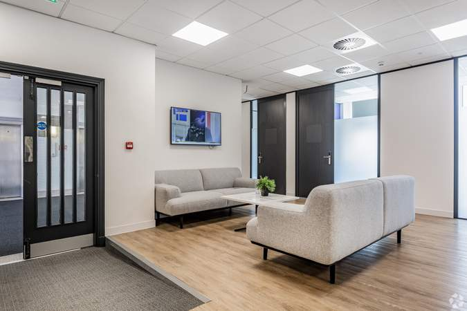 4th Floor - Waiting Area - Merchants Court, Liverpool - Serviced office for rent - 50 to 7,843 sq ft