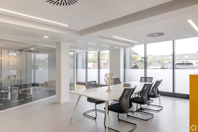 Lounge - The Henley Building, Henley On Thames - Co-working space for rent - 50 to 17,787 sq ft