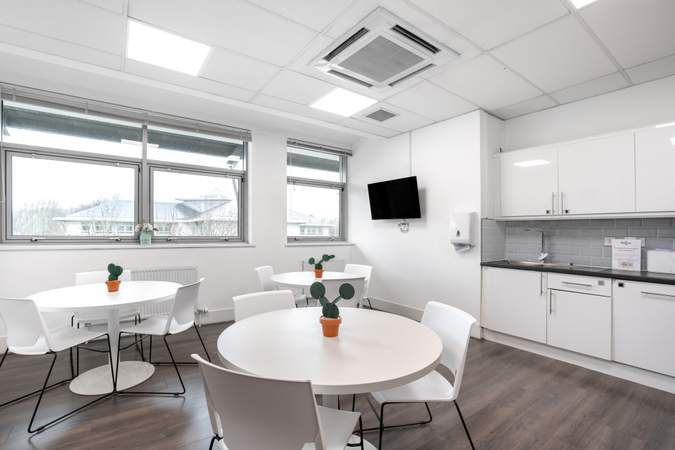 Kitchen - Lomond Court, Castle Business Park, Stirling - Co-working space for rent - 50 to 13,157 sq ft
